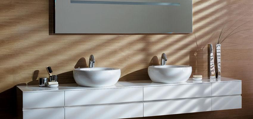 Kylpyhuone ja keittiöt